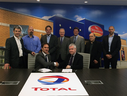 Laurent Siret (National Automotive Director, Total Canada), Yann Ouellet (CST Buyer), Martin Longpré (Vice President     Heating and Commercial Sales), Serge Binette (Executive Director, Agent and Retail Network), James Fodi (National Professional Sales Manager), Jack Fasoli (TCI HDMO Marketing Director), Gregory Perez (TCI PCMO Marketing Director). Franck BAGOUET, General Manager, Total Canada Inc., and Christian House, Vice President, Retail Sales Canada